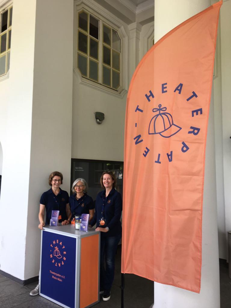 Theaterfest 2018 - Unser Stand, Premiere mit Beachflag!